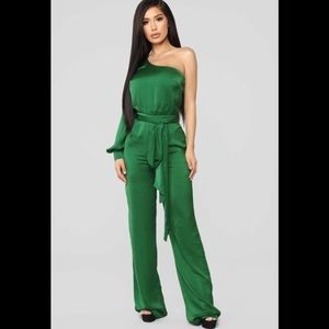 💚 You'll Think of Me Satin Jumpsuit NWT 💚